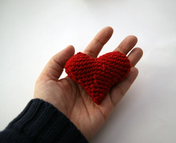 Red heart 3d amigurumi