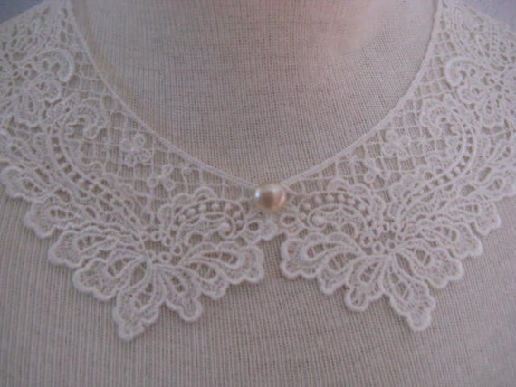Ivory Lace Collar.