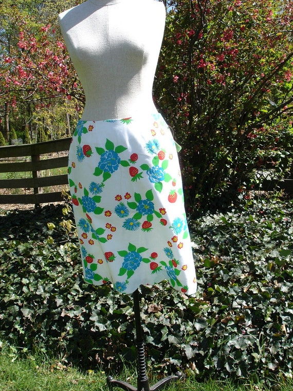 SALE Strawberry Lilly Pulitzer Skirt M