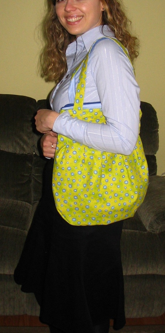 SALE--Green/yellow  purse with blue polka-dots