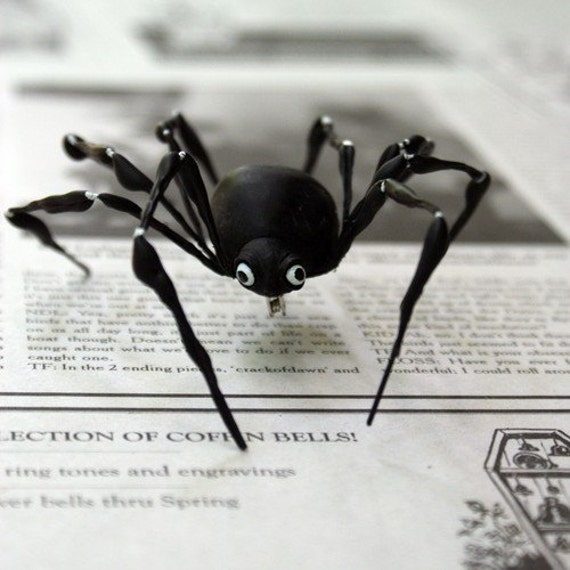 OOAK, handmade, unique, Black Spider, accessory, brooch, pin, barrette, hair clip