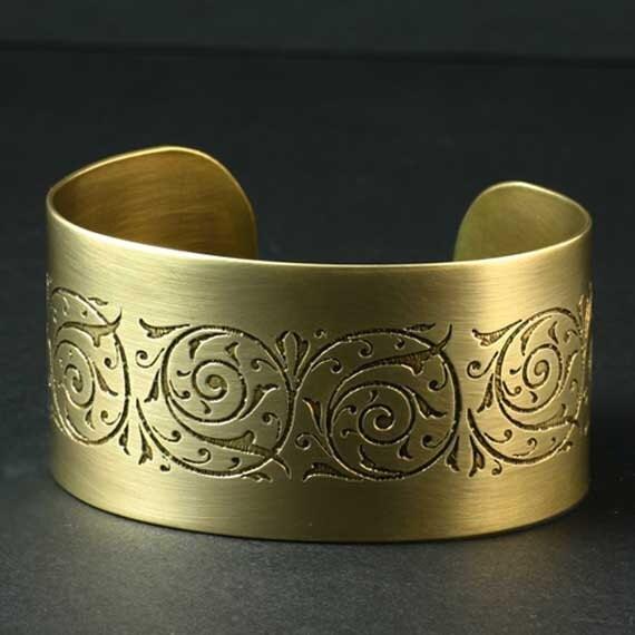 Gold Cuff Bracelet / Floral Etched Gold Cuff Bracelet / Nugold Cuff