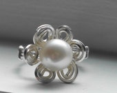 OOAK Sterling Silver Swirled Wire Ivory Pearl Flower Ring Size 8