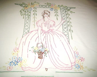 Antique  bedspread / embroidered / 1920s / Southern Belle / summer /  Colonial Lady