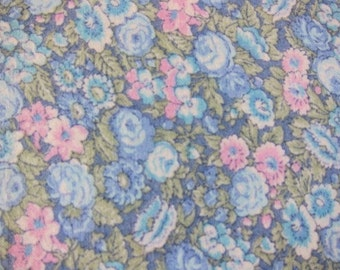 Pastel Vintage quilting cotton  floral, floral craft cotton, pastel cotton, sewing cotton, pastel quilt fabric,