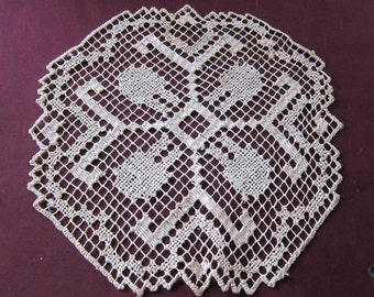 vintage doilies,  lot 10 tablemats,  destash, hand made doilies, lot doily,