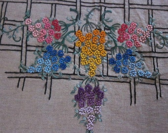 Antique embroidery cushion cover 1920s , wisteria, hand embroidered, linen cushion, Farmhouse cushion, country decor, cottage chic