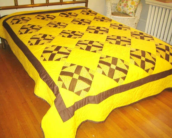 Vintage quilt  70s yellow brown  homemade