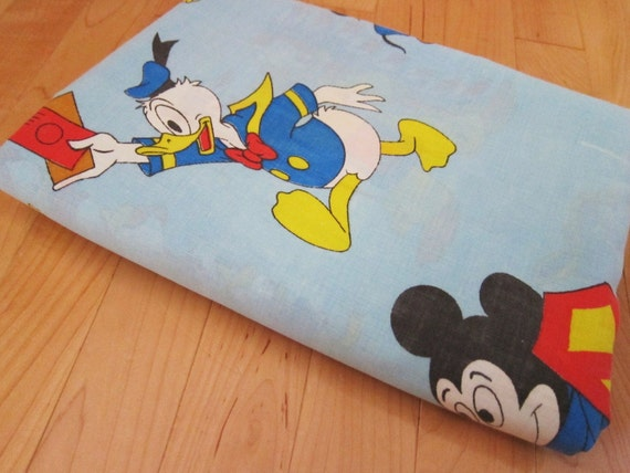vintage disney twin sheet  mickey mouse donald duck pluto