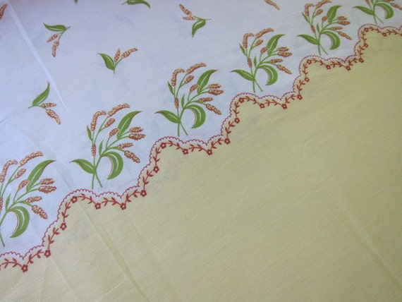BORDER print1950s dressmaking cotton  butter yellow