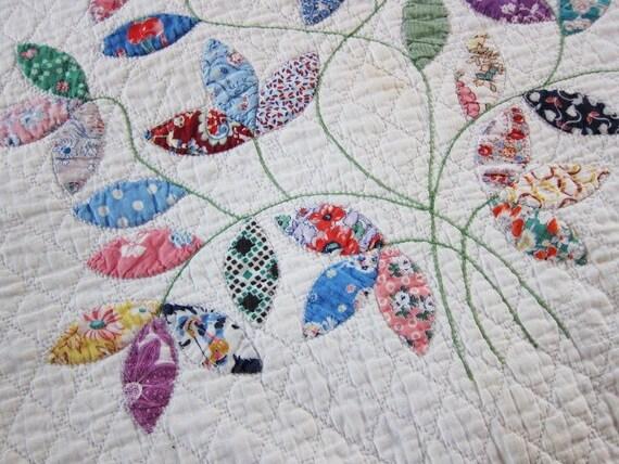 Applique antique quilt floral bouquet blue prairie points 1940s