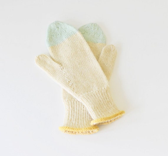 ON SALE Mittens 002
