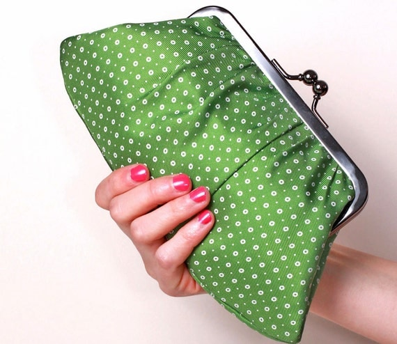 Green dots Fifi clutch-LAST ONE