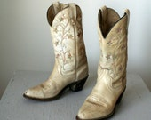 size 7 1970s distressed floral embroidered western boots 37.5