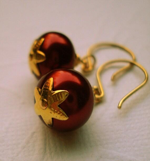 Earrings To Scarlet from Rhett B Glass Pearl Gold Vermeil