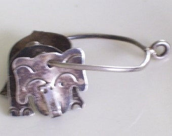 Vintage Silver ELEPHANT Sectioned Pendant