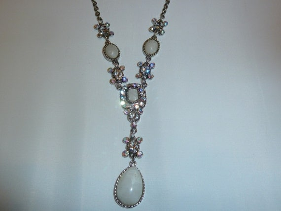 Vintage Drop and Rhinestone Necklace