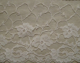 Rose Beige Lace Trimming 1 yd 5 1/2 inch Scallop No4622