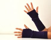 Wool Fingerless Gloves Armwarmers Dark Purple Eggplant Plum Hand Knit Chic Winter Accessories Winter Fashion