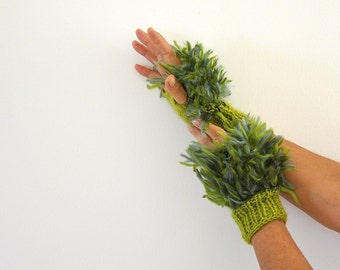 Green Fingerless Gloves Mittens  Wrist Warmers Cute Soft Warm Unique Hand Knit Jade Forest Moss Olive