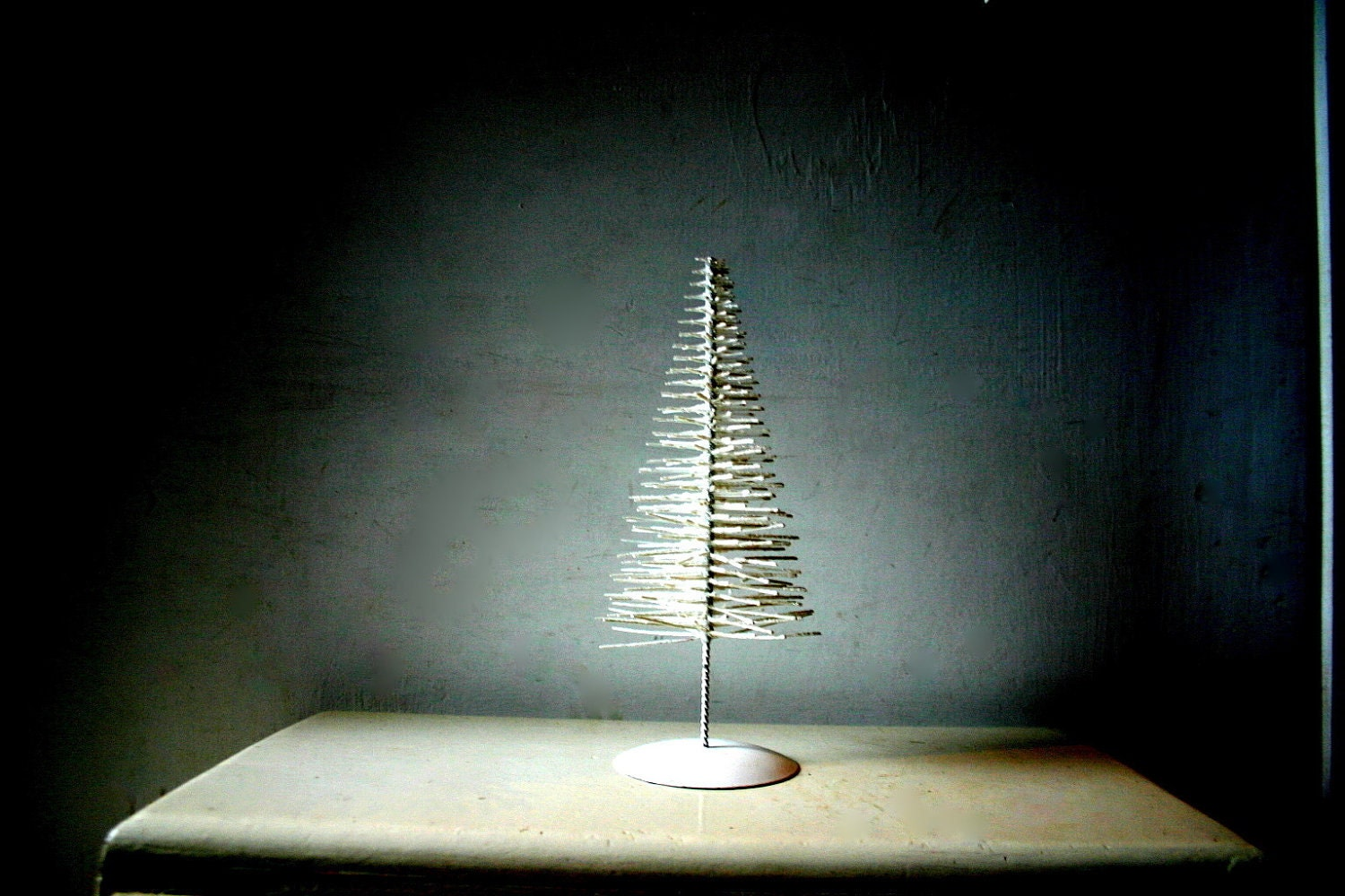 gloomy minimalist vinatge christmas tree decoration