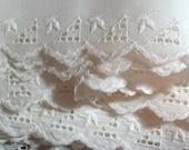 Cotton Eyelet Trim White 5 Yards VINTAGE TRIM Free Shipping
