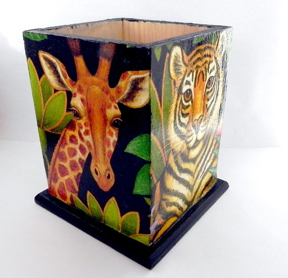 Safari Animals Pencil holder