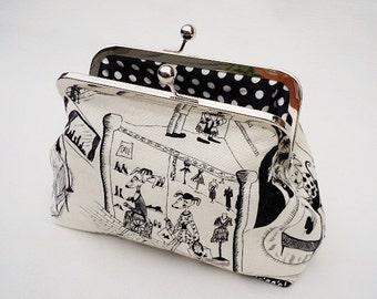 Clutch Purse, Makeup Bag, Dogs Purse, Polka Dots Purse, Small Clutch, Gadget Case, Phone Case, Christmas Gift, Kiss lock Clutch, Bridesmaids