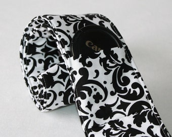 Ready To Ship No Monogramming Wide Camera Strap for DSL camera white and black damask print with lens cap pocket