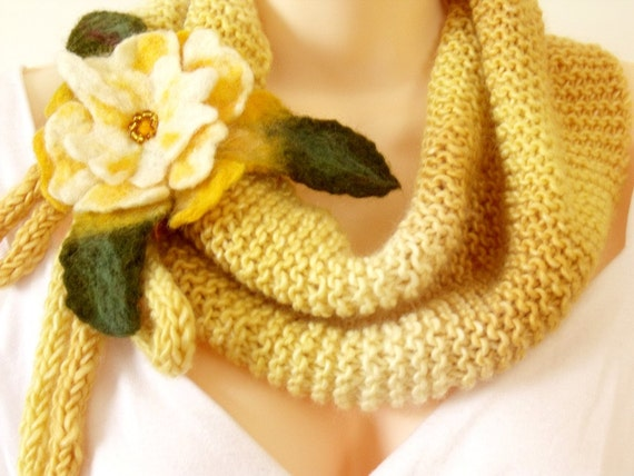 Knit scarf yellow felt flower brooch