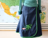 Vintage Wrap Skirt in Navy blue with novelty Frog detail by JCPenney's Picket 'n Post circa 1960s adjustable