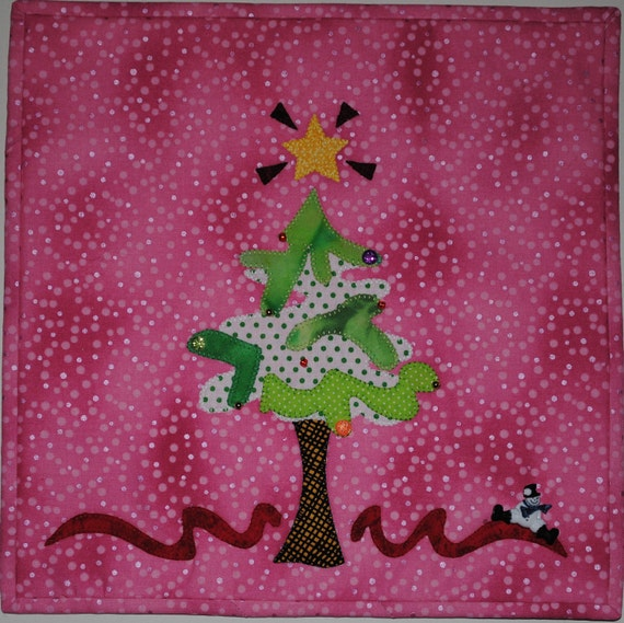 Merry Tree - Quilted Holiday Wall Hanging Pattern Download