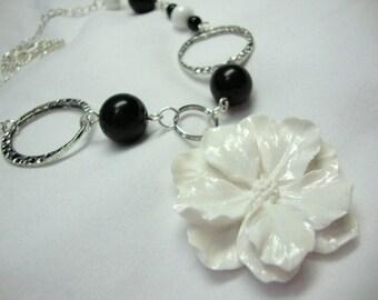 Crisp Black and White Flower Necklace