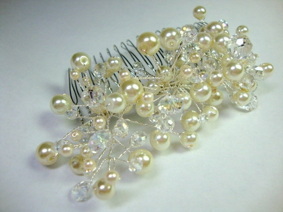 Vine Style Wedding Comb with Pearls and Crystals