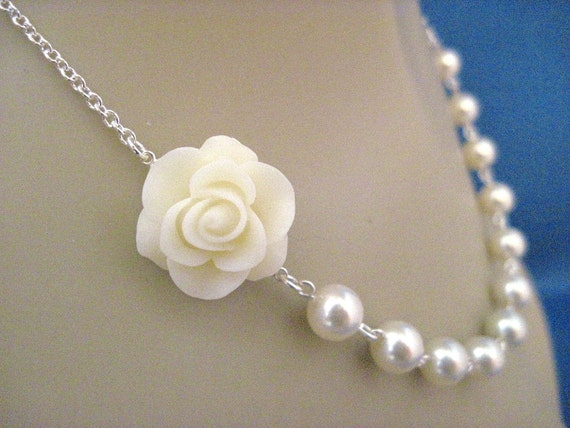 Wedding Necklace Ivory Beauty Rose and Pearl Bridal Necklace