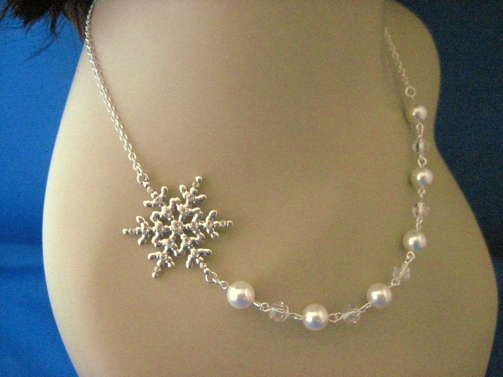 Winter Jewelry Snowflake and Pearl Necklace