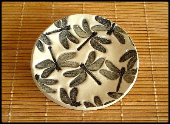 Lovely Round Black & White Stoneware DRAGONFLIES Dish