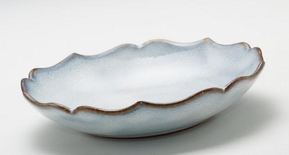 Shiny Cloudy-White Lotus Bowl