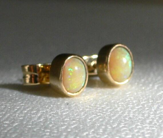 Post Earrings in 14 Karat Gold with Australian Opal