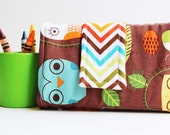 Crayon Wallet - What a Hoot Edition - A Montessori and Waldorf Inspired Travel Toy for Self Guided Art