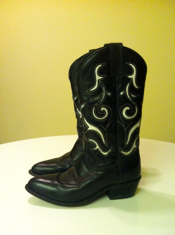 SALE Black & White Western Cowgirl Boots 7.5
