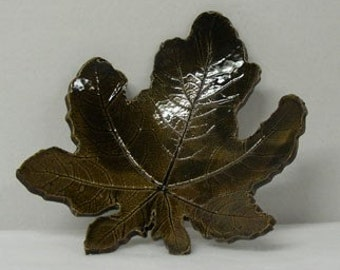 Porcelain Hollyhock Imprinted Shallow Leaf Bowl
