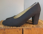 Black Kenneth Cole Stacked Heel Pumps Size 8