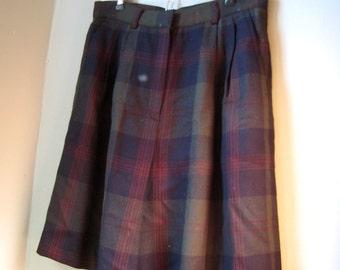 High Waisted Shorts, Wool Shorts, Lord and Taylor, Plaid Wool Shorts Size Medium, Size Large, Size 10, Size 12, Winter Shorts, Formal Shorts
