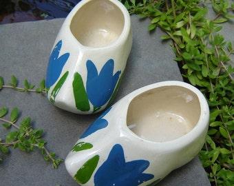 Sweet Vintage Pair of Ceramic Dutch Shoe Planters
