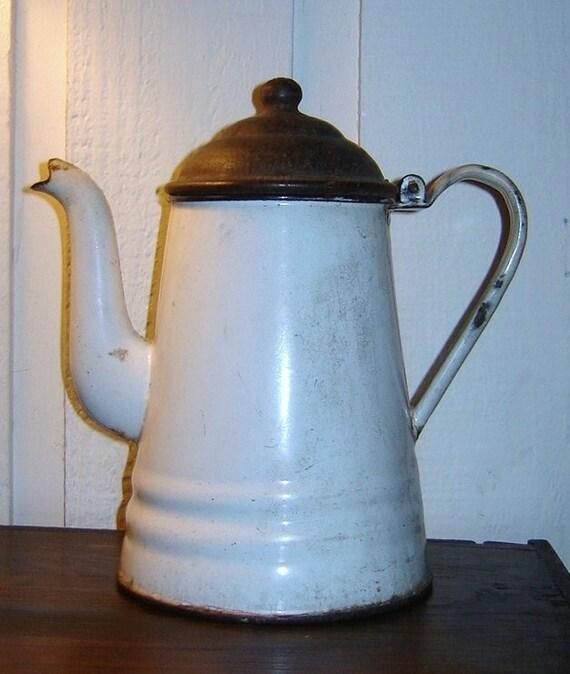 Charming Vintage Farmhouse Graniteware Coffee Pot