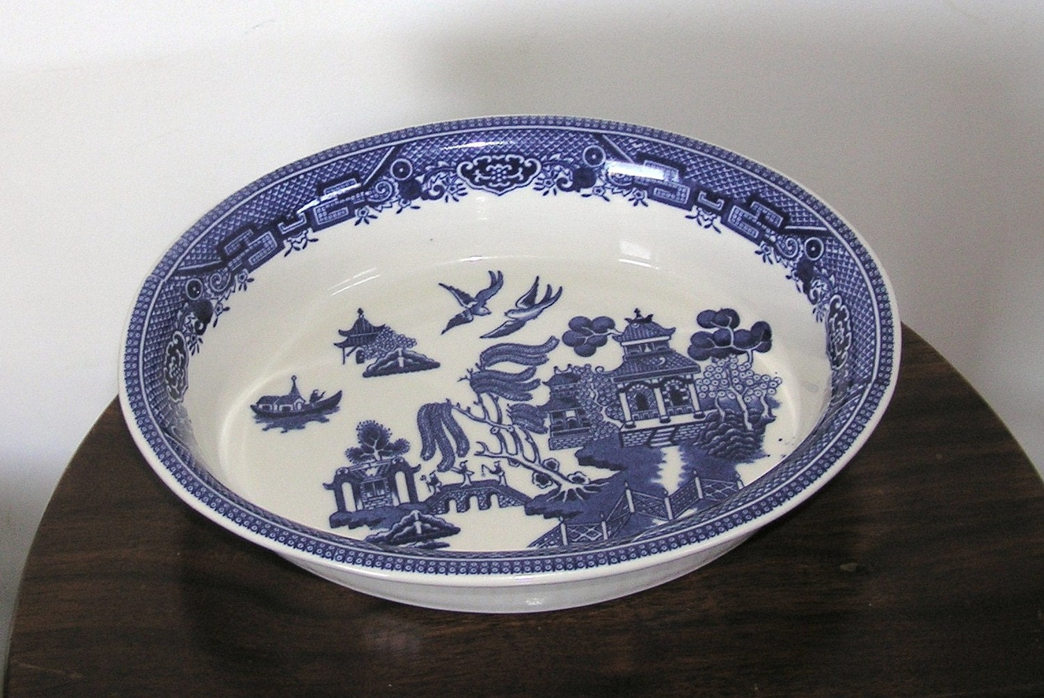 1980s Churchill England Willow Blue Willow Baking Dish