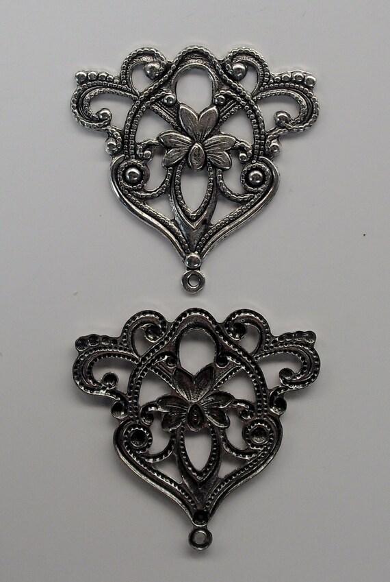 Filigree Pendant Antiqued Silver (AF-25954-11) 1 piece