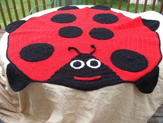 Made to Order Ladybug afghan There Flying off the Shelves