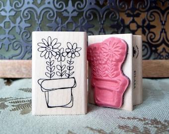 Little flower pot rubber stamp from oldislandstamps